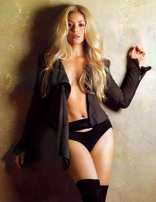 Shakira nude sex 2