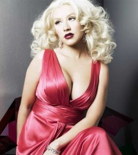 Christina Aguilera striptease on stage * Christina Aguilera Hot Latinas